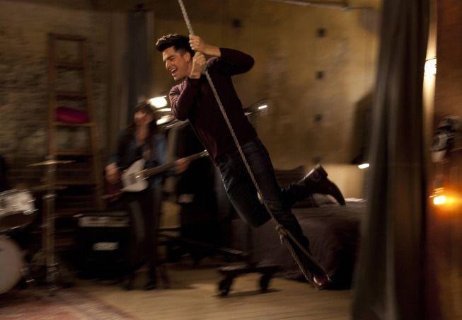 Adam Lambert goes over the top on Glee