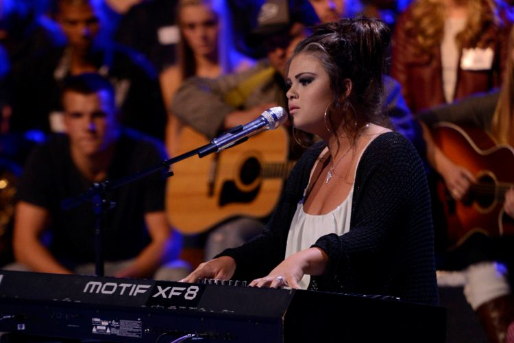 American Idol Contestant in Hollywood