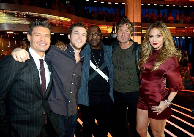 Phillip Phillips with the American Idol team