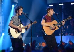 american-idol-2014-top-8-ii-duet-sam-woolf-alex-preston