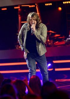 Caleb Johnson performs
