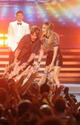american-idol-2014-finale-11-keith-jlo-ryan