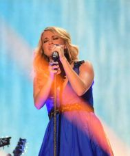 Carrie Underwood performs at the ACCAs 2014 - 01