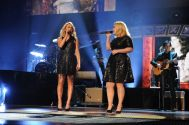 Kelly Clarkson performs at the ACCAs - 01