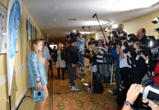 Jennifer Lopez poses for photographers