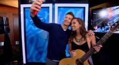 Ryan Seacrest & Hopeful on American Idol 2015