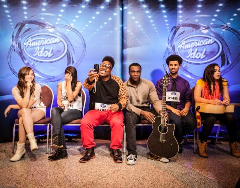 American Idol 2015 Hopefuls prepare to audition - 07