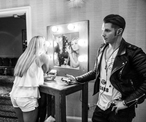 American Idol 2015 Hopefuls prepare to audition - 09