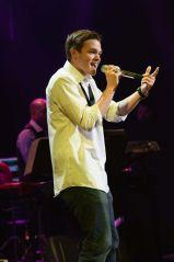 Michael Simeon performs