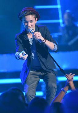 american-idol-2015-top-9-daniel-seavey-01