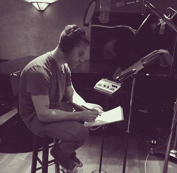 Nick Fradiani in the Idol Studio