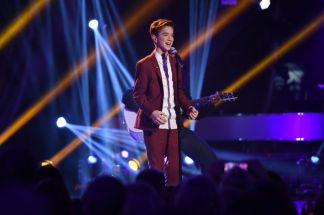 Daniel Seavey performs on AMERICAN IDOL XIV