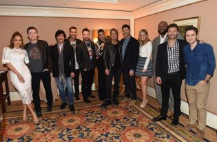 american-idol-2016-tca-party-03-group