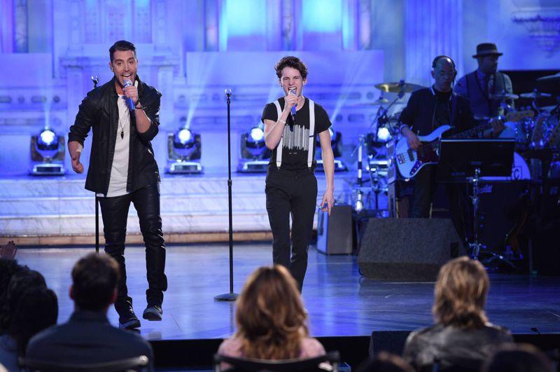 american-idol-2016-duets-thomas-stringfellow-nick-fradiani