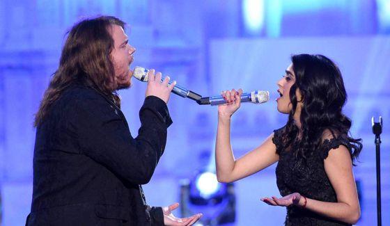 Sonika Vaid & Caleb Johnson duet on American Idol