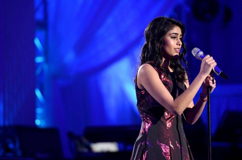 Sonika Vaid performs on American Idol 2016