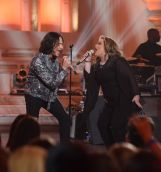 Constantine Maroulis and contestant Shelbie Z