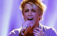 Dalton Rapattoni performs on American Idol 2016