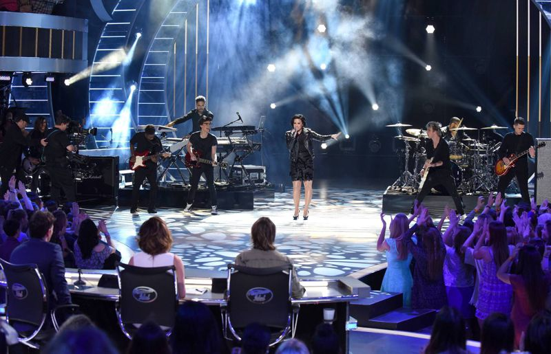 american-idol-2016-top-8-demi-lovato-01