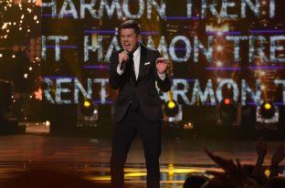 Trent Harmon crowned winner of American Idol 2016 - 01