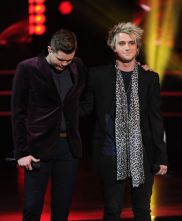 american-idol-2016-top-2-night-02-dalton-rapattoni