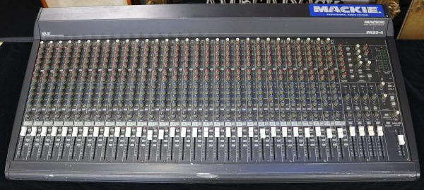 Mackie 32-4 Analog Mixer main