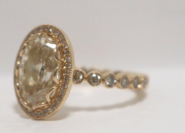 Rose Gold Diamond Ring side dia