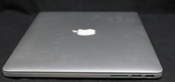 Apple Macbook Pro Computer side 1