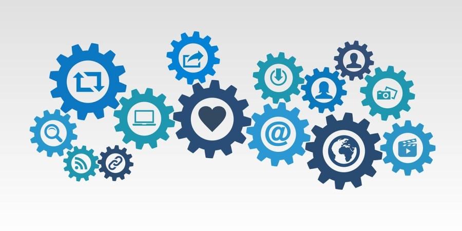 omnichannel marketing, multichannel marketing
