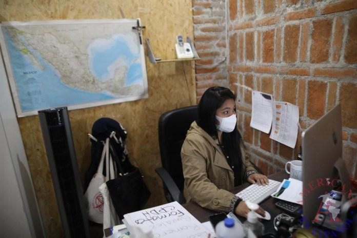 La coordinadora del Centro de Atención Integral en Casa Mambré, Eréndira Barco