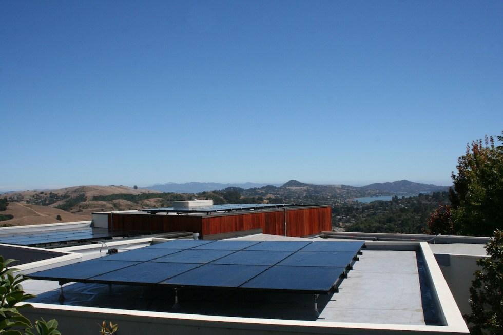 13 KiloWatt SUNPOWER Solar PV System, Mill Valley
