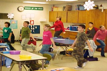 physicalActivitiesClassroom02