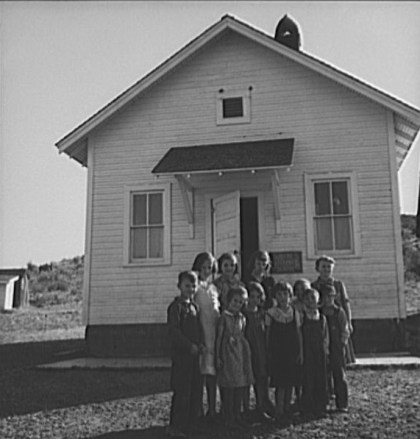 Jacknife School. Gem County, Idaho. 1939. Photo by Dorothea Lange.