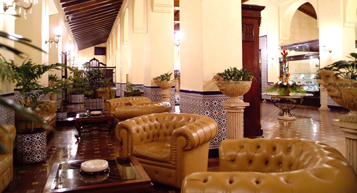 Cuba hotels, lobby of Hotel Nacional in Havana