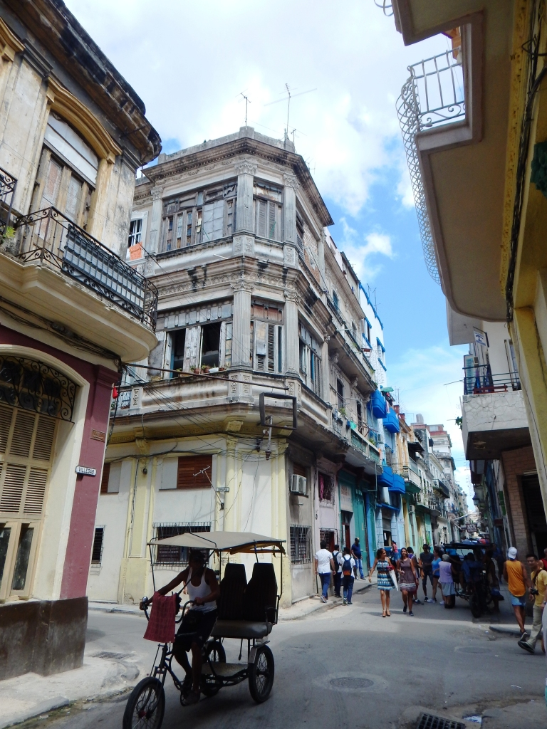 Central Havana streets before the storm