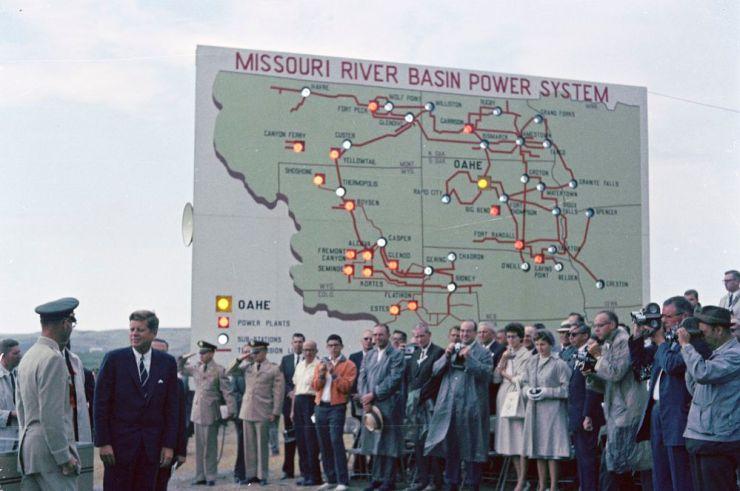 JFK-At-Oahe-Dam-In-Pierre-South-Dakota-August-17-1962---05