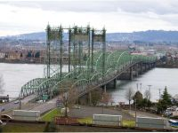 The 100-year old bridge over the Columbia River connecting Oregon and Washington state. (wikipedia)