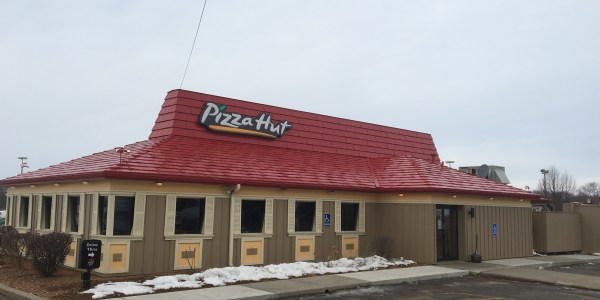 Pizza Hut, Tomah. likes. Get oven-hot pizza, fast from your local Pizza Hut in Tomah. Enjoy favorites like Original Pan Pizza, Breadsticks, /5(77).