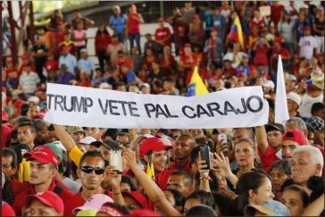 """""""Trump, scher dich zum Teufel"""". Tausende demonstrieren in Venezuela gegen die politischen und wirtschaftliche Interventionen der USA"""