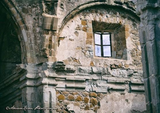 MissionSJCRuins-Window-SF