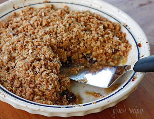cinnamon apple crisp - healthy thanksgiving recipe idea