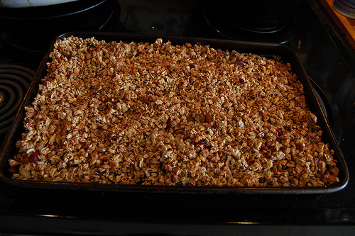 healthy recipes - nutty granola recipe