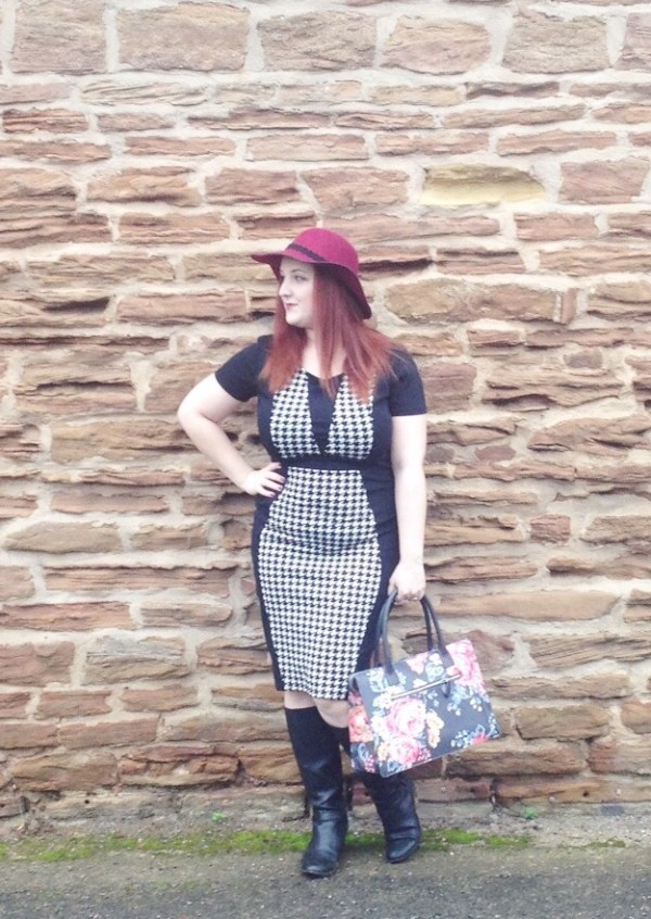 zaful workwear black white dress red hat