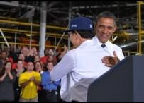 US President Barack Obama hugs South Kor