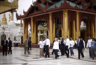 Shwedagon Pagoda 11