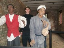 Dylann Roof-posing-in-a-slave-cabin-at-Boone-hall-plantation-in-Mt Pleasant