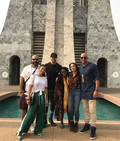 American stars visit Kwame Nkrumah Mausoleum as part of #FullCircleFestival1