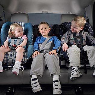 Παιδί στο αυτοκίνητο!! Βασικές αρχές ασφαλούς οδήγησης!