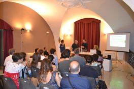 AmiConversazione n. 9 (2015) Spectral Beliefs | Dorothy Hindman: suggestioni religiose della musica spettrale (con: Giuseppe Montemagno e Luca Cubisino) Teatro Machiavelli - Catania