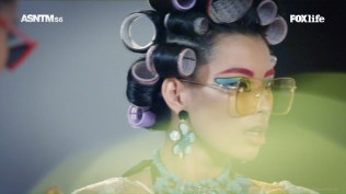 AsNTM6 - Hair rollers photo shoot (2)